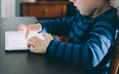 Screen Time Your Kids Should Have | Kiddy Companion